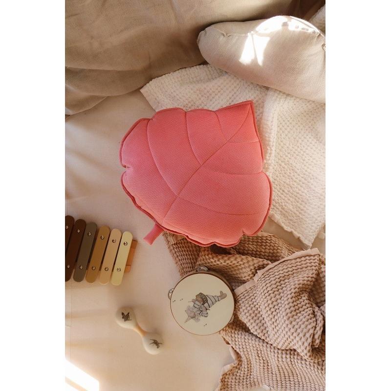 """Welwetowa poduszka liść """"candy pink"""""""
